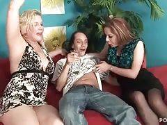 Sexy bitches want to have sex fun with theiri bast...