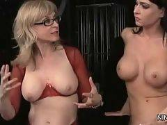 Naughty Jessica Jaymes wants to have sex fun